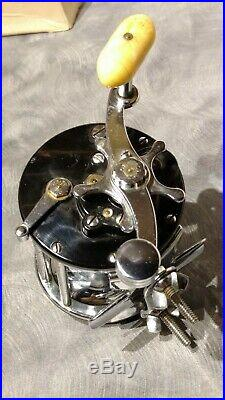 Vintage Silver Anniversary Penn 350M Leveline fishing Reel in box