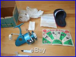 Vintage fishing reel Penn 704 Near Mint Unused in box with extras Stunning cond