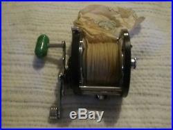 Vintage penn delmar 285 m right handed reel