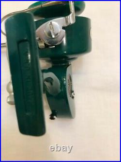 Vtg Penn 710 Spinfisher New Mint Greenie With Box